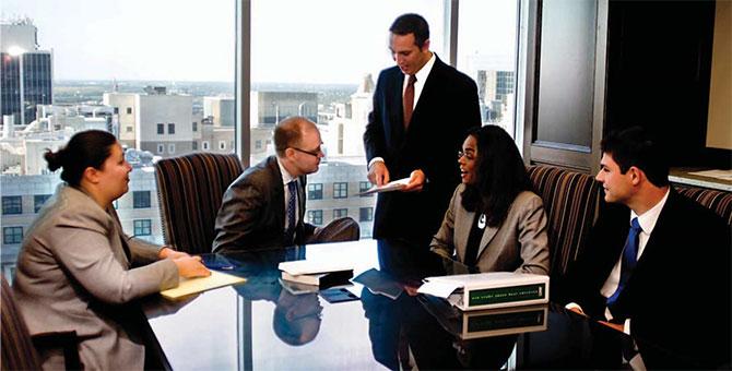 Giới thiệu công ty luật hàng đầu thế giới