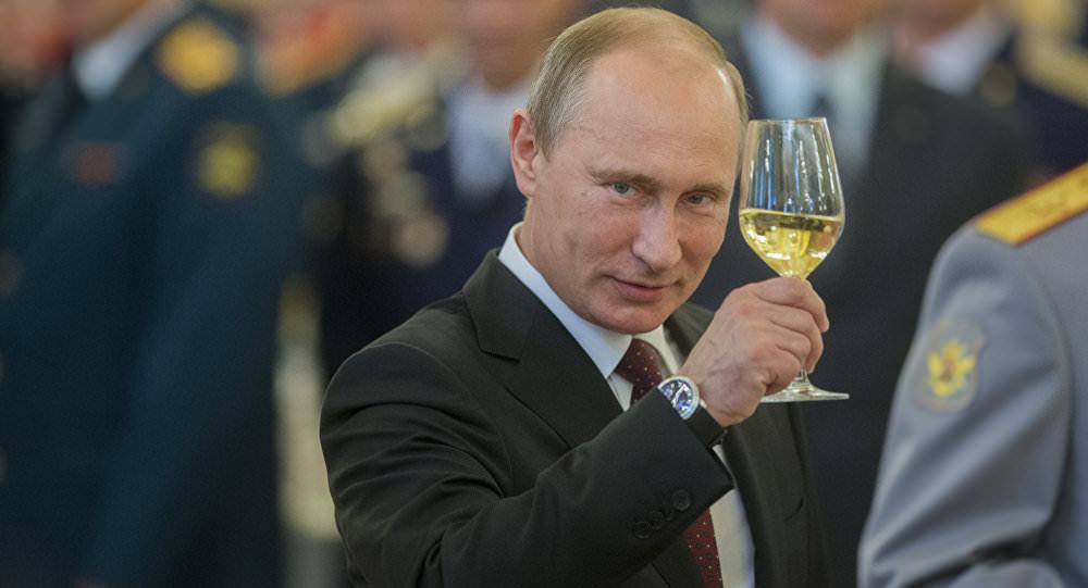 Tổng thống Vladimir Vladimirovich Putin của Nga, là một luật sư giỏi