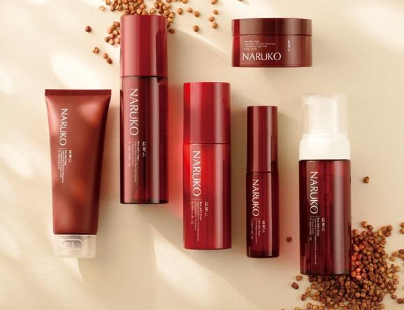 Sản phẩm Naruko có chiết xuất từ hạt y dĩ nhân đỏ